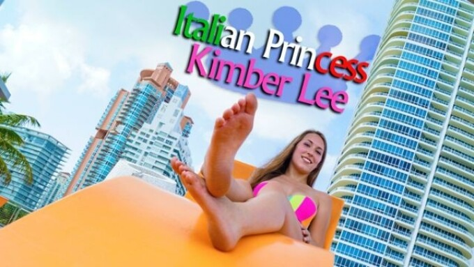 Kimber Lee Set for Free iFriends Cam Show