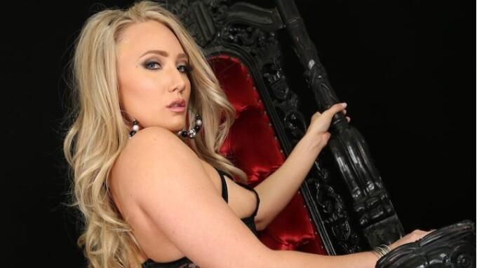 ArchAngel Crowns AJ Applegate New 'Booty Queen'