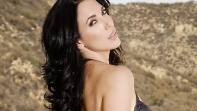 Jelena Jensen Relaunches Official Site With VNA Girls