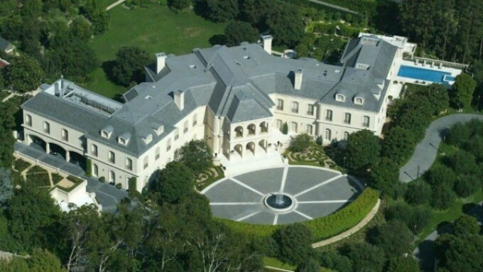 Video: Larry Flynt Won't Buy Playboy Mansion