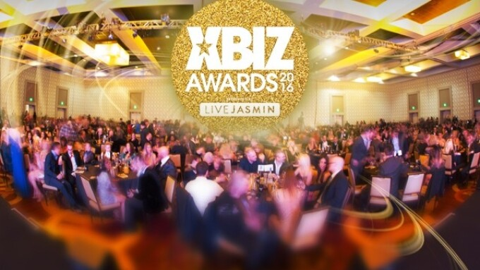2016 XBIZ Awards Celebrates Year's Best in Grand Style