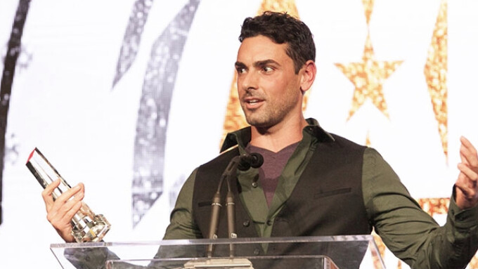 Ryan Driller Named 2016 XBIZ Male Performer of the Year
