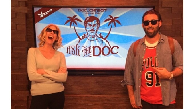 Jenny McCarthy Guests on 'Ask The Doc'
