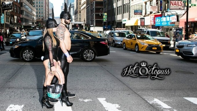 Hot Octopuss Brings 'Easter Eggs' to Customers in Manhattan