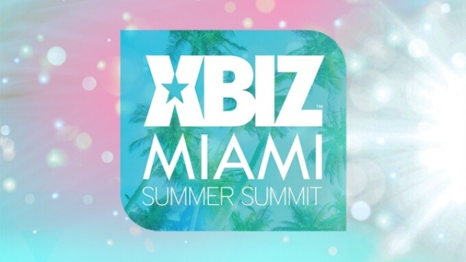 XBIZ Miami's Opening Night Warms Up Webmasters and More
