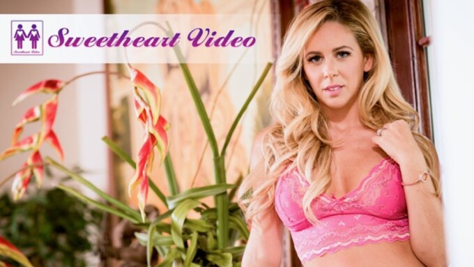 Mile High Signs Cherie DeVille to Exclusive G/G Contract