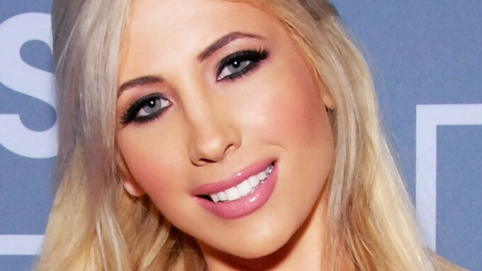 iWantEmpire Inks Tasha Reign to Exclusive Contract