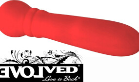 Evolved Novelties Brings Out the Lady In Red
