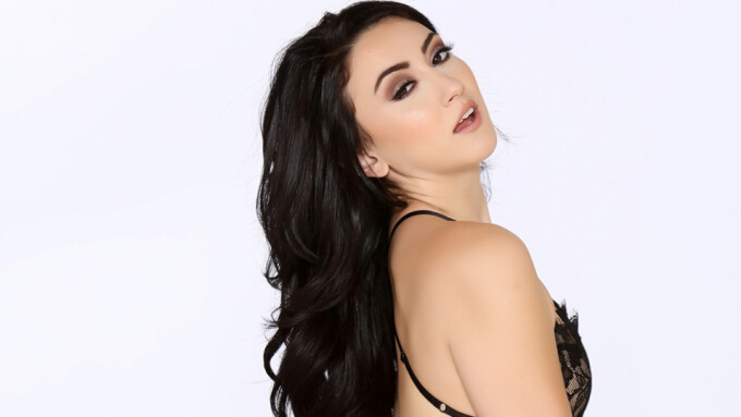 Mandy Muse Stars in Naughty America's 'Porn Star Experience' VR Scene
