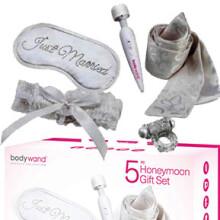 5 PC Honeymoon Gift Set